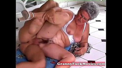stud pounds granny her aged beaver - 5 min