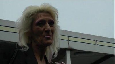 A granny shows off - 9 min