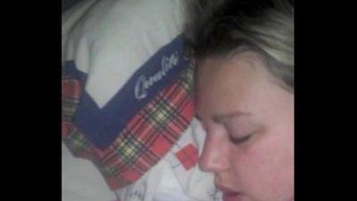 Cumshot facial sleeping wife - 2 min