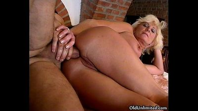Anal fucked mature mom begs - 5 min