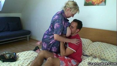 Naughty granny takes fresh cock - 6 min