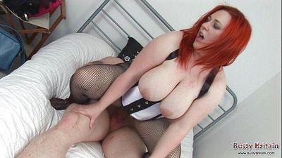 Kelly Danvers Fucks For A Room - 6 min