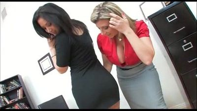 Boss Sara Jay fucking his hot secretary Jayden James novinhasapeca.com