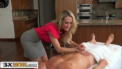 Big Tit Blonde Stepmom Teaches Teen Girl To BangBrandi Love, Taylor WhyteHD