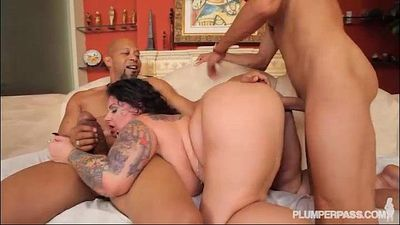 BBW Erika Xtasy Double Penetrated BY 2 Monster Cocks - 2 min