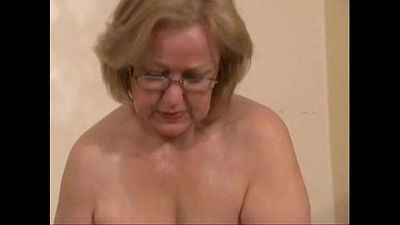Gorgeous mature slut jerking young cock. Amateur older - 1 min 10 sec