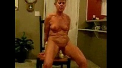 Horny granny really loves to be watched. Amateur - 1 min 0 sec