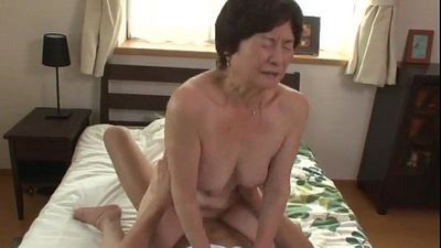 seventy five years old granny - 30 sec