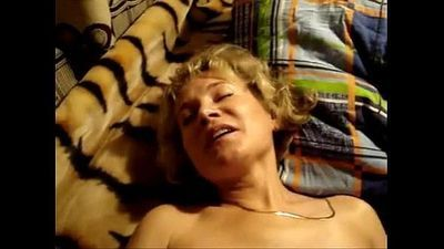 russian milf homemade 2 - 2 min