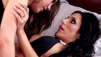 Step Daugther Jade Nile and her Mommy Jaclyn Taylor - 5 min HD