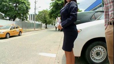 Secretaria colombiana caliente - 24 sec