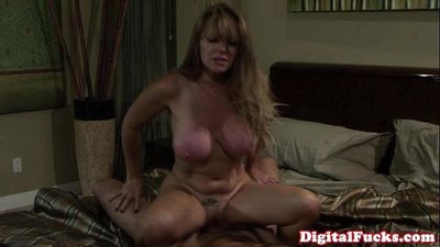 Milf Dyanna Lauren fucking daughters man - 10 min