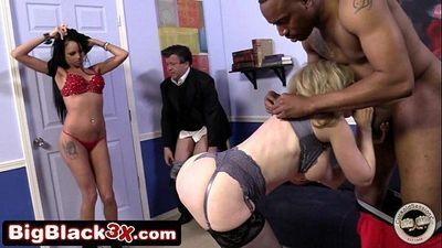 Raven Bay And Nina Hartley Teach A Guy A Lesson - 7 min HD