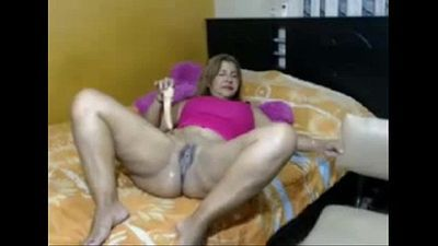 Mature Big-ass Latina -Tastycamz.com - 6 min