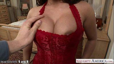 Horny housewife Alexa Pierce take cock in POV style - 8 min HD