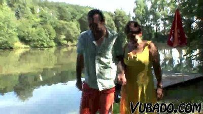 MATURE COUPLE HAVING OUTDOOR FUN !! - 6 min HD