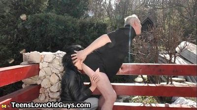 Horny grandpa gets his dick sucked - 5 min