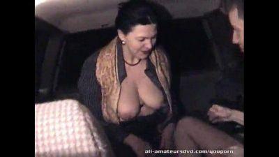 Mature woman blows 19yr guy in car Homemade - 5 min