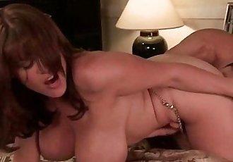 Campy erotic romp - 57 sec
