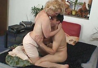 Naughty grandma gives up her pussy - 6 min