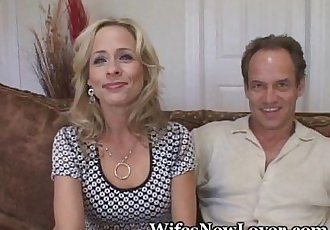 Mature Lady Fucks New Young Lover - 5 min