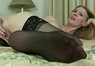 American milfs Lacy and Artemisia need to rub one outHD