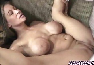 Petite Leeanna getting dicked in her mature twat - 6 min