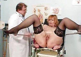 Redhead gran pussy gaping at gyno clinic - 6 min