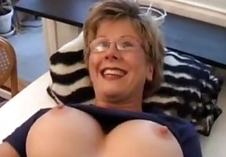 Trinda Throng swedish milf solo