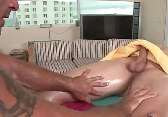Rubgay Athletic Boy Massage - 5 min