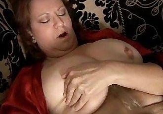 Big beautiful busty mature amateur - 6 min
