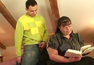 Chubby lady rides cock after blowjob - 6 min