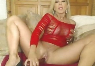 Porn Star Amber Lynn on webcam