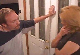 Cheating Wife Turns Slut Wife - 1 min 4 sec