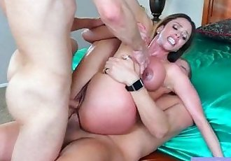 Hardcore Sex Tape With Round Big Juggs Mommy video-04