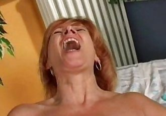 Redhead matures doing herself - 7 min