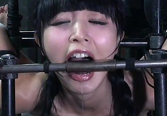 Submissive Marica Hase tormented with objects - 6 min