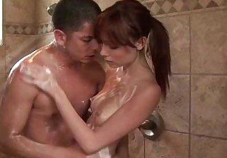 性感的 貝貝 給予 肥皂 按摩 要 客戶 - 5 min