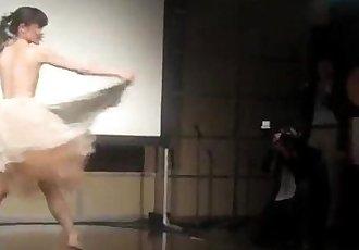 Kaori Wonderful Dance - 6 min