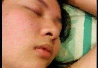 睡觉的 亚洲 业余的 荡妇 2 - 4 min