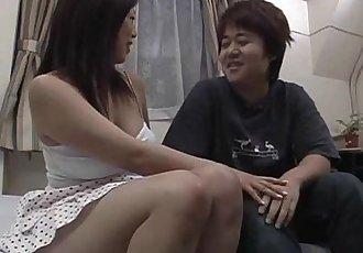超短裙 性愛 沿著 摩洛伊斯蘭解放陣線 娜娜 - 8 min