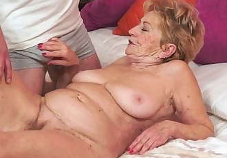 Kinky old granny Malya loves big dickHD
