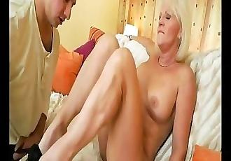 Granny Fanny 10
