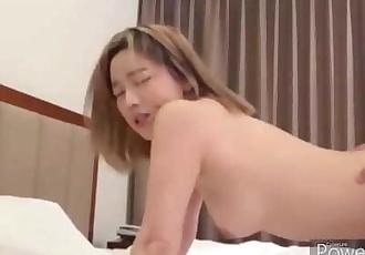 韓國金髮嫩妹內射