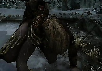 TESV SKYRIM: FUCKING A FEMALE GIANT DOGGYSTYLE!! - 1 min 26 sec