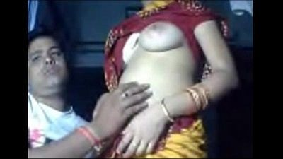 Indian Amuter Sexy couple love flaunting their sex life - Wowmoyback - 12 min