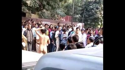 Young indian girl remove cloths due money issue - 45 sec
