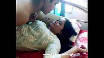 Indian Sex Indian-Sex Couple Foreplay Kissing - 1 min 2 sec