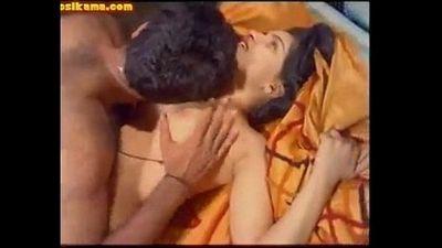 YouPorn - Reshma Nightwatcher 2 - 6 min