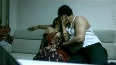 Desi amateur wife used by Indian boss - 6 min